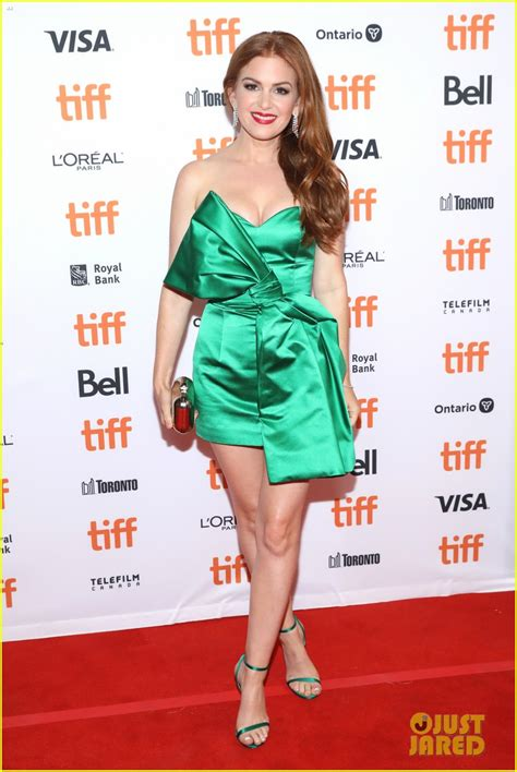 Isla Fisher Stuns in Green for 'Greed' Premiere at TIFF