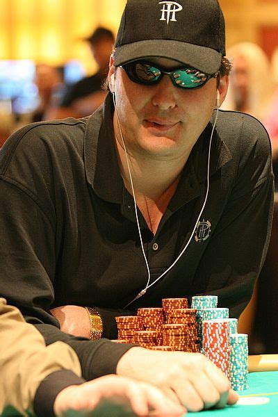Phil Hellmuth net worth! – How rich is Phil Hellmuth?